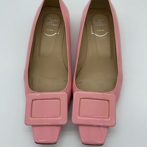 Roger Vivier baby pink patent leather buckle pumps